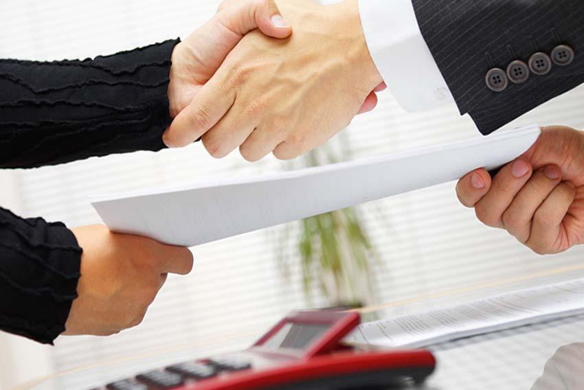 Можно ли продать квартиру сразу после покупки в новостройке