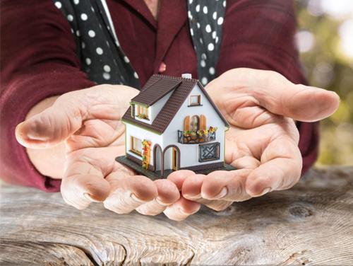 С чего начинается оформление в собственность квартиры москве