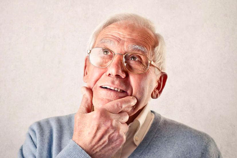 Должен ли пенсионер работая отчислять налоги